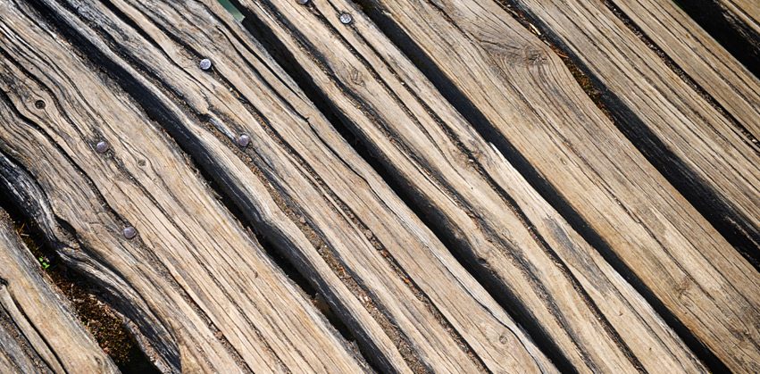 Holz-Grabmal Manufaktur Berlin - Holz Haltbarkeit
