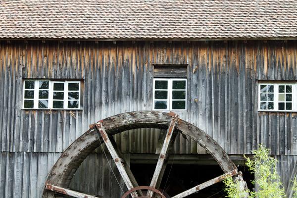 Holzgrabmal Manufaktur Berlin - Holz Haltbarkeit