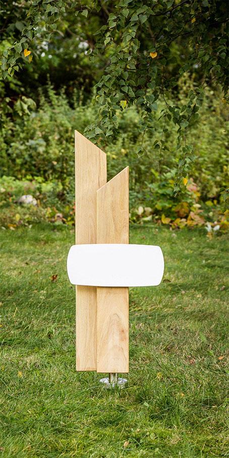 PS3.RF.1 Grabmal aus rechteckigen Stelen mit Spitze – Ehegrabmal mit Emailleschild