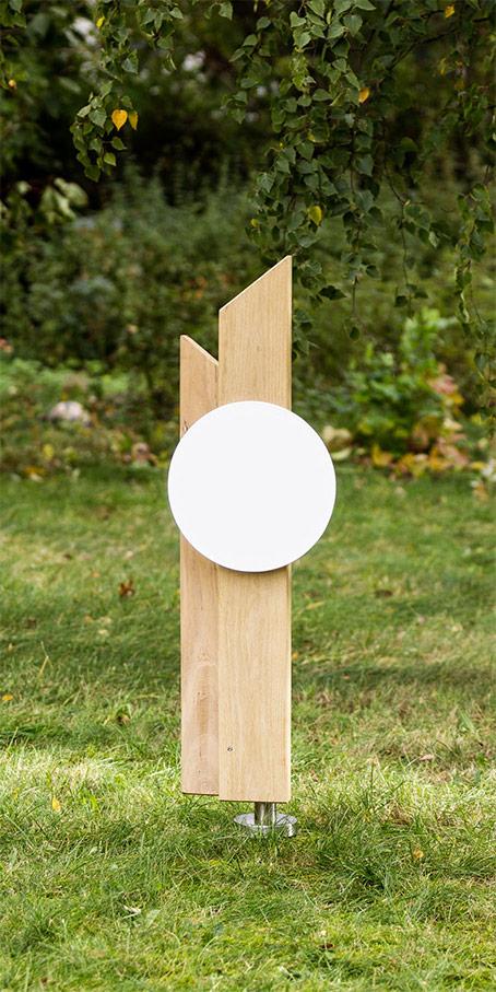 PS4.KF.4 Grabstein aus Holz aus Stelen mit Spitzen Erdgrabmal mit Emailletafel